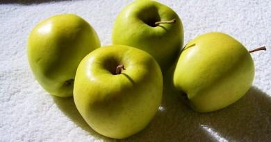 yellow-green-apple-828532_640
